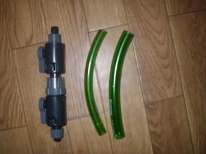 エーハイムクラシックフィルター2011 ダブルタップ設置の為にホースを切断