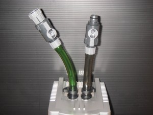 テトラクールタワーCR-2NEWにホースとダブルタップを設置