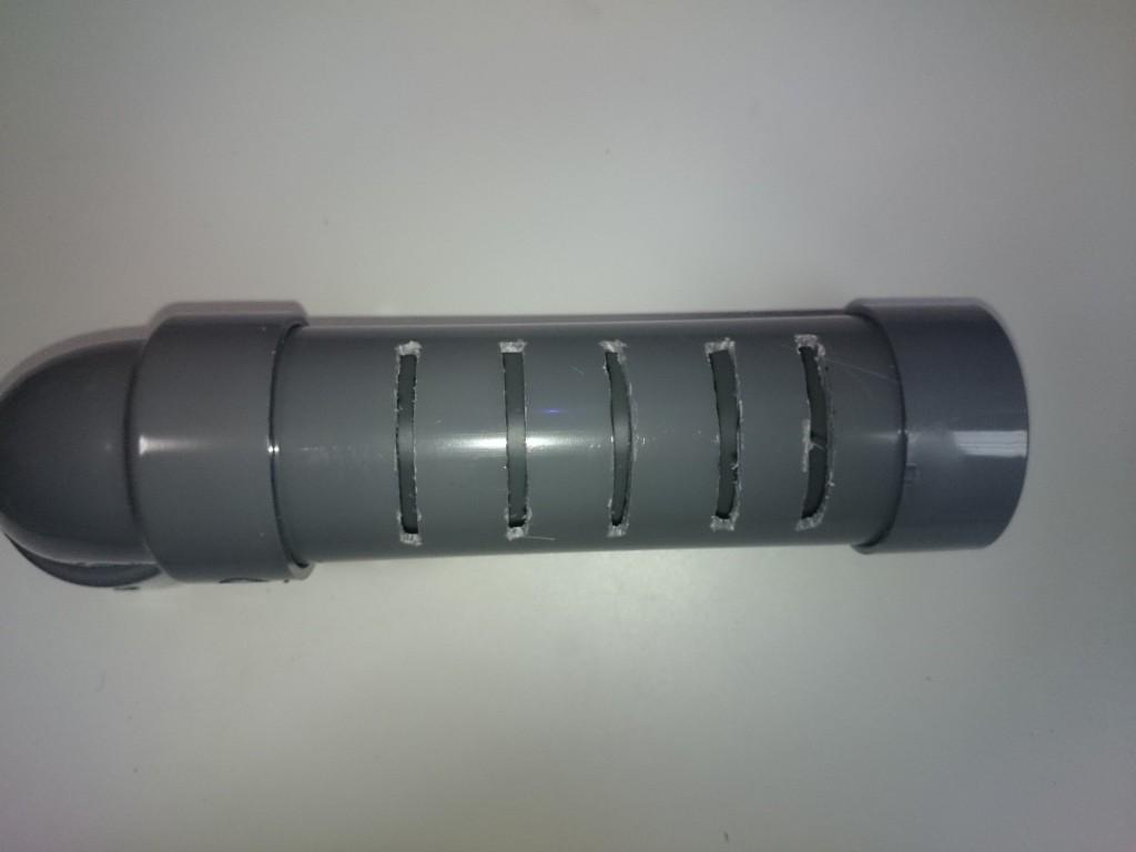 ウールボックスシャワーパイプ自作 排水穴加工2