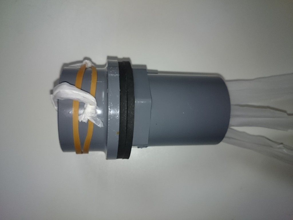 OF消音対策 バルブソケット回りに輪ゴムでビニール紐をセット