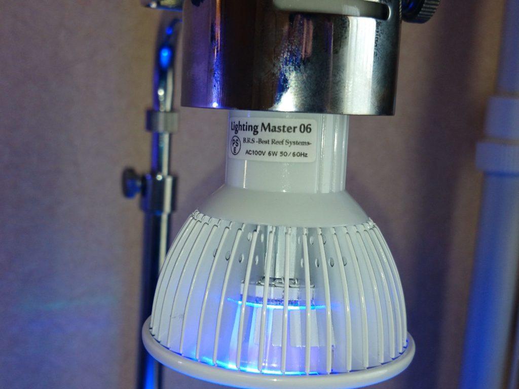 Lighting Master06 LED球ヒートシンクからの光の横漏れ